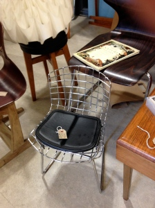 Cute child's chair by Harry Bertoia.