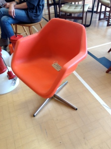 Nice example of one of Robin Day's less ubiquitous polypropylene chairs...