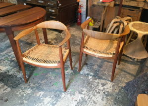 Midcentury furniture - Hans Wegner chairs - 3 restorers london